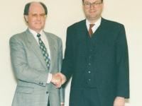 1997-11-05-konstituierende-gemeinderatsitzung-angelobung-neuer-vizebuergermeister-stutz-durch-bh-dr-merl