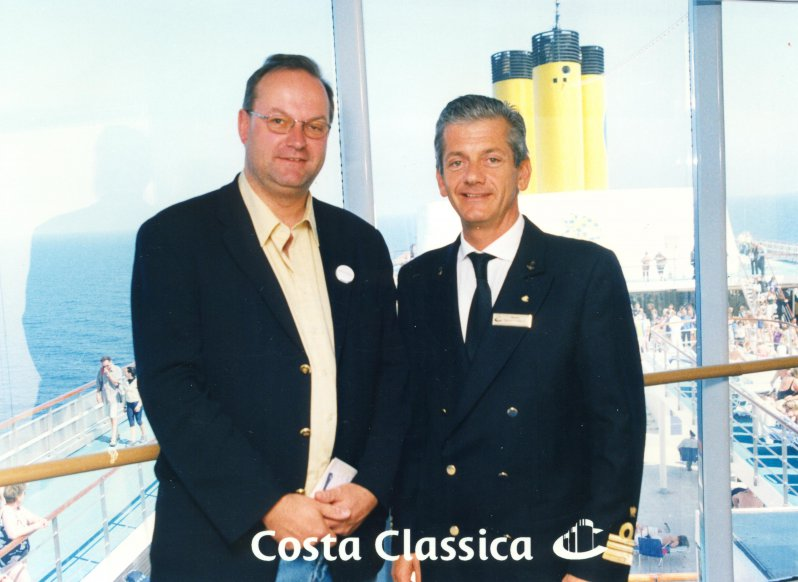 2002 05 01 Costa Classica Kapitän Messimo Garbarino