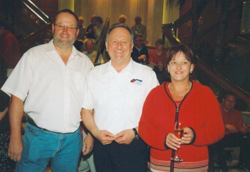 2004 06 04 AIDAblu Kapitän Dr. Friedhold Hoppert