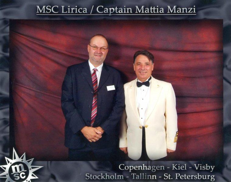 2006 08 13 MSC Lirica Kapitän Mattia Manzi