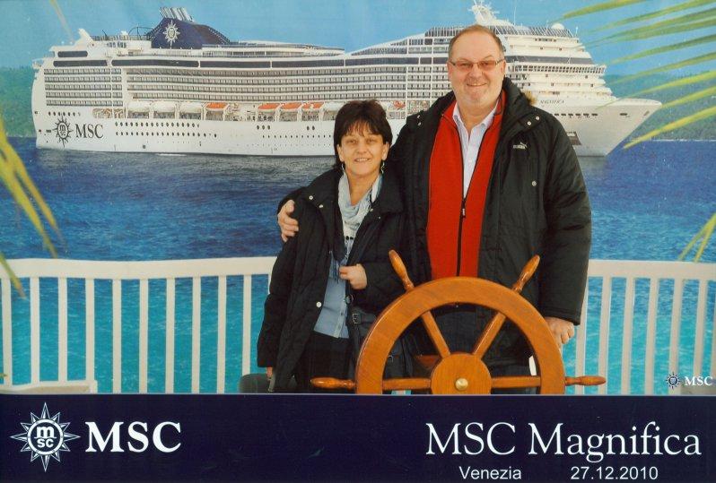 2010 12 27 MSC Magnifica Venedig
