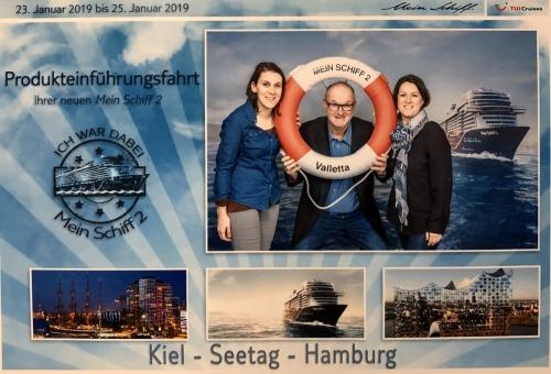 2019 01 23 Mein Schiff 2 Kiel mit Reisewelt Kolleginnen
