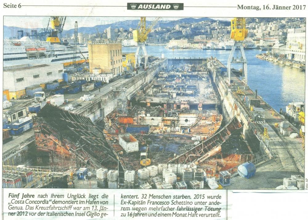 2017 01 16 Costa Concordia demontiert im Hafen von Genua in der Kronen Zeitung