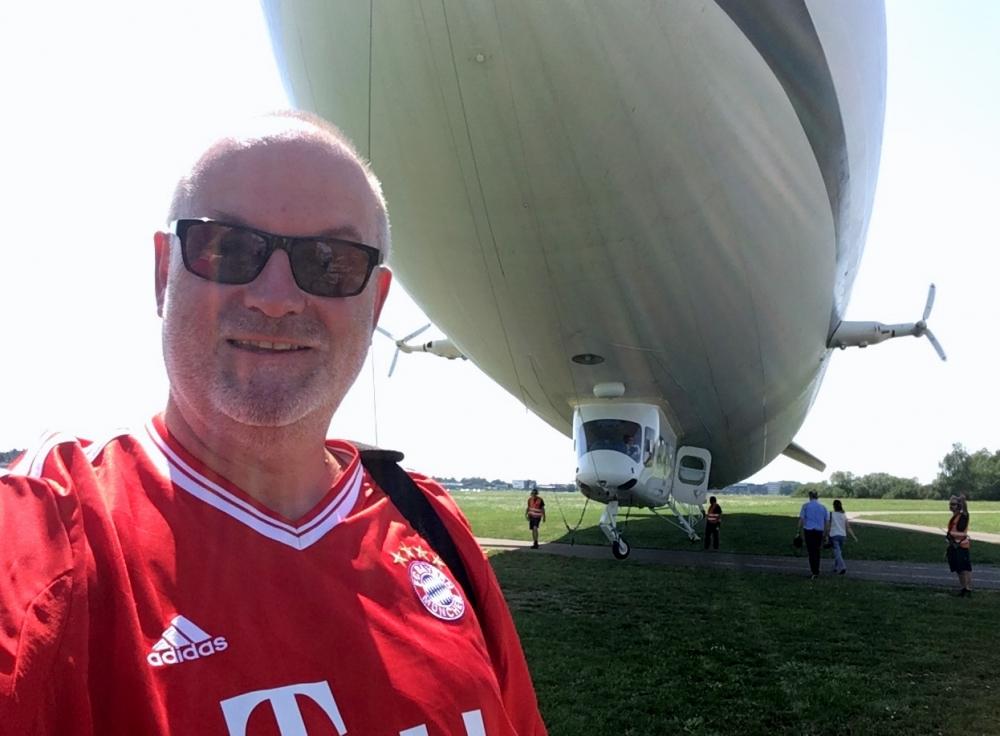 2017 08 01 Vor dem Start der ersten Zeppelinfahrt Friedrichshafen am Bodensee