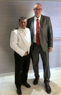 2019 03 04 mit Kapitän der Le Lyrial Mickael DEBIEN