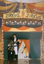 1995 01 28 Eröffnungswalzer Obmann Gerald Stutz mit Gattin Ingrid