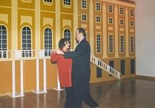 2002 01 26 Eröffnungswalzer Obmann Gerald Stutz mit Gattin Ingrid