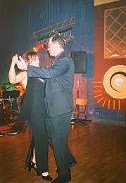 2003 01 25 Eröffnungswalzer Obmann Gerald Stutz mit Gattin Ingrid