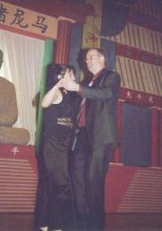 2006 01 28 Eröffnungswalzer Obmann Gerald Stutz mit Gattin Ingrid
