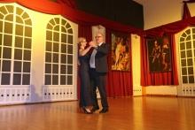 2016 01 30 Eröffnungswalzer Obmann Gerald Stutz mit Partnerin Jutta
