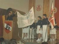 1993-12-11-julschauturnen-jahnwanderfahne-nr-2-übergabe-vom-ötb-oö-an-uns