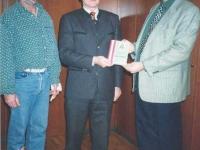 1995-11-24-übergabe-ötb-dokumentation-an-bh-dr-reinhard-merl