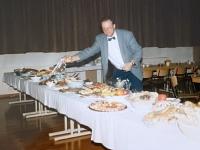 1992 02 28 SZ Einsatz 195 Jahre Lehnerei Buffeteröffnung durch Organisator