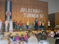 1992 12 12 Julschauturnen Karin als Vorturnerin