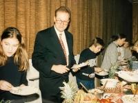 1994 12 17 Turnerheim Gemeinsame Weihnachtsfeier Buffeteröffnung