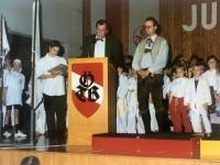 1995 12 08 Julschauturnen Bgm Geyer spricht