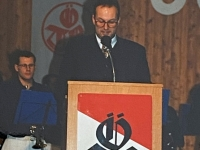 1996 12 07 Julschauturnen stolzer Obmann