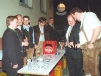 2000 03 25 Volksmusikabend Is a Freud auf da Welt Pause mit Brauereidir Andreas Reichhart