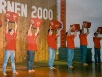 2000 12 02 Julschauturnen Bierkastengymnastik Beginn
