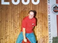 2000 12 02 Julschauturnen Bierkistengymnastik
