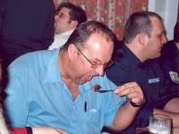 2004-02-28-geburtstagsständchen-geyer-siegi-mahlzeit-obmann