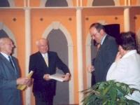 2004-03-14-jubiläums-hauptversammlung-asvoö-ehrenzeichen-fuer-gerald-stutz