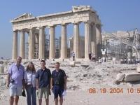 2004-08-19-olympische-spiele-athen-mit-hansi-auf-der-akropolis