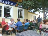 2009-08-13-jahnwanderung-pause-beim-traunfall-gasthaus