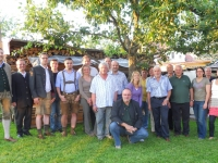 2010-06-24-turnrat-im-garten-von-ehrenmitglied-ernst-helfried