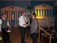 2011 01 29 Ballnacht Gratulation dem Hauptpreisgewinner