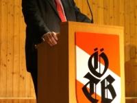 2011 12 03 Julschauturnen Begrüssung durch Obmann Gerald Stutz