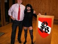 2011 12 03 Julschauturnen Der Obmann mit dem Stargast Concitta