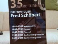 2015 03 01 Geschenk für Fred Schöberl für 35 Jahre im Turnrat