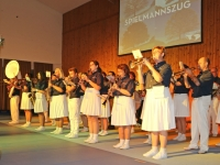 2016 12 03 Julschauturnen Obmann als Stabführer