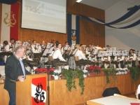 2015 11 28 Obmann bedankt sich für 25 Jahre Wunschkonzert im Turnerheim 1
