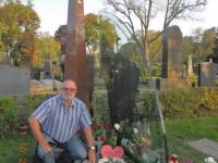 2014 10 11 Angestelltenausflug Wien Zentralfriedhof Falco Grab
