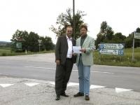 2002-07-04-protest-für-abbiegespur-b137-schaumann
