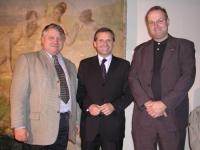 2002-11-04-stutz-mit-innenminister-strasser-und-grossruck