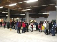 2004-02-20-öaab-bezirks-eisstockturnier-viele-leute