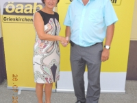 2013-07-26-mikl-leitner-johanna-innenministerin-und-öaab-bundesobfrau-besuch-in-neumarkt