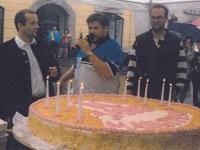 1997-07-05-marktfest-10-neumarkt-torte