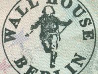 2016 09 26 Berlin Erinnerungsstempel an die DDR_Mauerhaus Berlin
