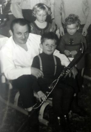 1970 01 Die ersten Schi