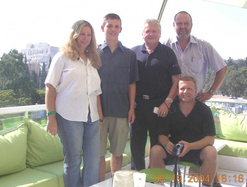 2004-08-19-olympische-spiele-athen-friedinger-johann-tischtennispräsident
