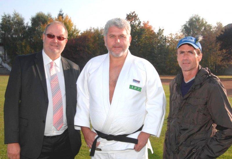 2010-10-12-raphael-sperrer-ralley_fahrer-bei-asvoö_sportler-in-linz