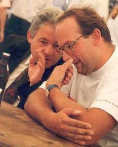 1996-08-15-lh-dr-josef-pühringer-bei-jahnwanderung-in-neumarkt