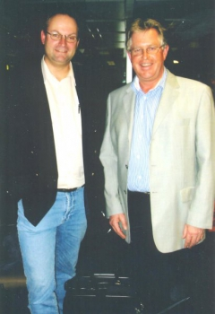 2002 02 01 Dr. Christoph Zernatto LH a.D. von Kärnten am Flughafen Zürich Flug nach Südafrika Zugrunde