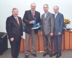 2008 07 07 RLB 25-Jahr Dienstjubiläum mit GD Dr. Scharinger Vizepräs. Volksmar Angermeier und GD-Stv. Dr. Hans Schilcher