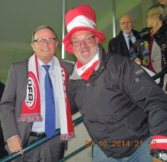 2014-10-09-kopf-karlheinz-oesterreichischer-nationalratspraesident-im-stadion-chisinau