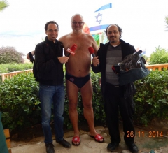 2014-11-26-orf-moderator-günther-madlberger-und-valid-kamer-israelischer-kameramann-am-toten-meer